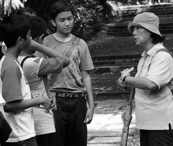 Pengertian interaksi sosial dan komunikasi 2