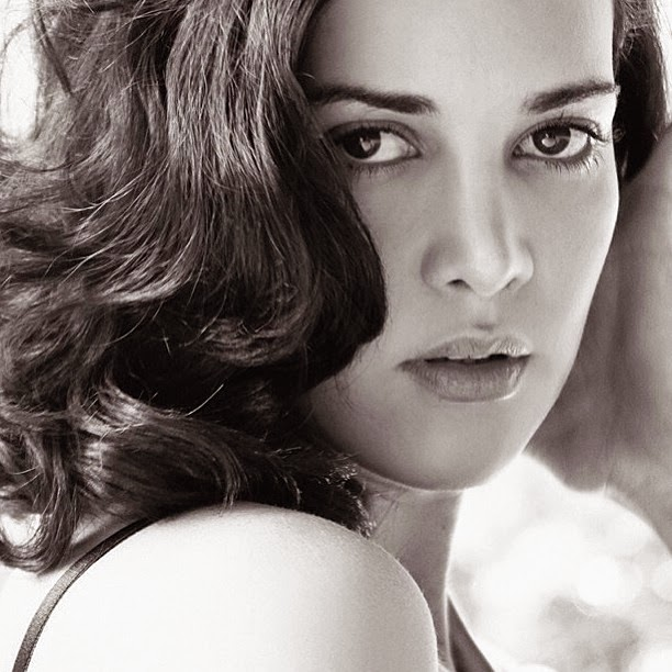 Monica Spear photo