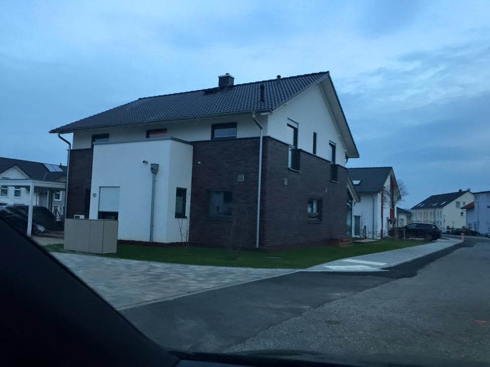 reihenhaus von werner wohnbau in bickenbach verschiedene neubaugebiete. Black Bedroom Furniture Sets. Home Design Ideas