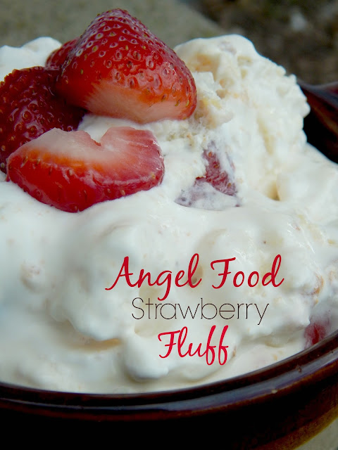 angel food strawberry fluff (sweetandsavoryfood.com)