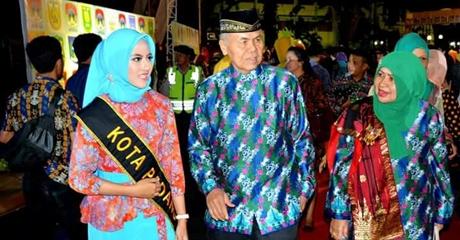 """Gadis Malang """"Doyan"""" Masakan Padang, Aisyah Ingin Lihat Tugu IORA"""