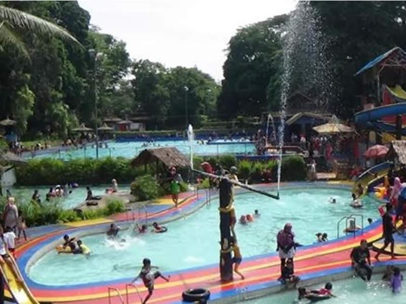 Kolam Renang Mangkubumi Tempat Wisata di Tasikmalaya Terbaru