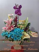 Anggrek-Bulan-Mawar-Biru-Teddy-Bear-Jakarta-Online-Flower