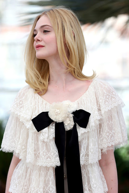 The Romantic Style Of Elle Fanning In Chanel And Giamba Couture Cool Chic Style Fashion