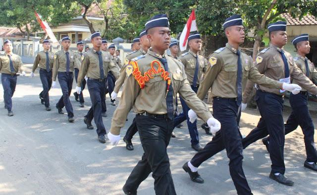 Lomba Gerak Jalan Ambulu, MA Muhammadiyah 01 Watukebo Juara