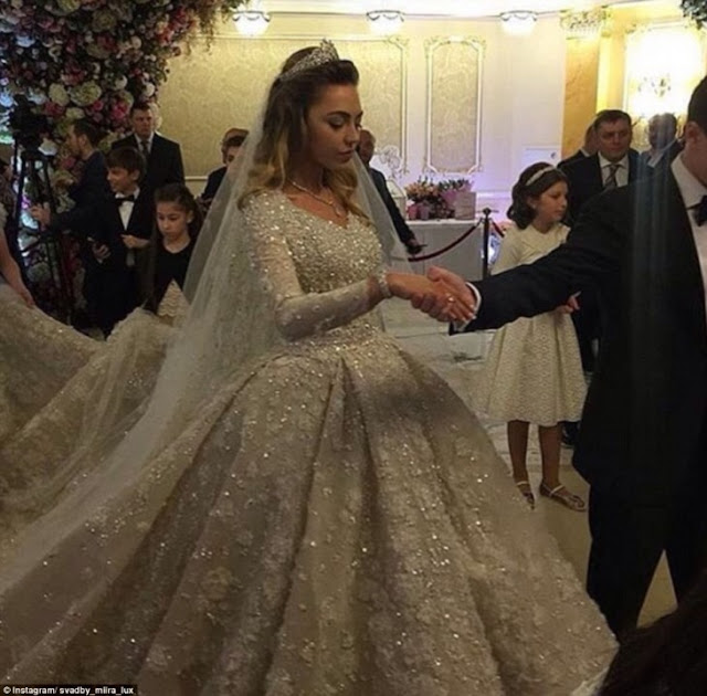 Millonario ruso gasta 1 billón de dólares en boda de hijo