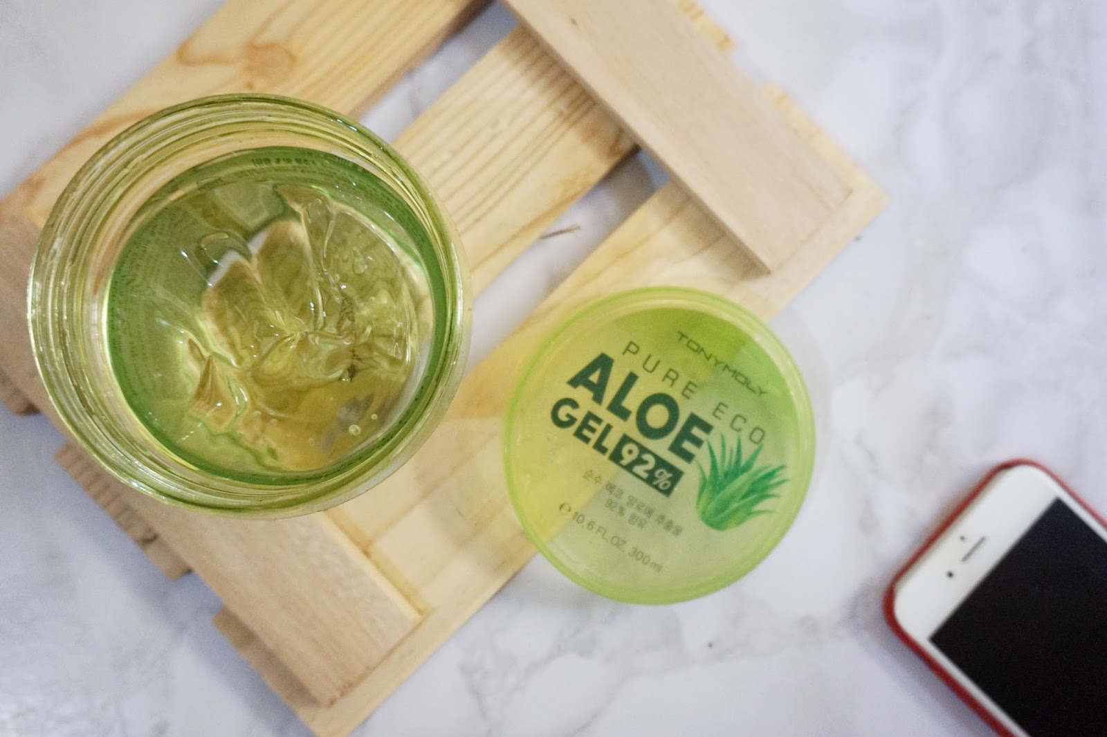 aloe vera gel used to cure sunburns