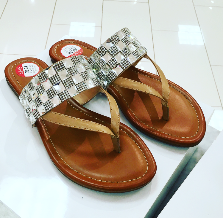 Jessica Simpson Kampsen Thong Sandals