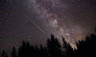 Ingin Menikmati Indahnya Hujan Meteor Geminid? Simak Nih Tempat yang Bagus Untuk Hunting