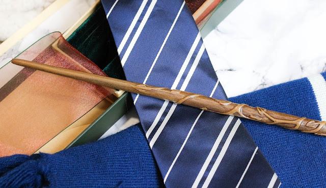 baguette Hermione, écharpe et cravate Serdaigle