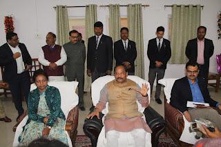 congress-cleen-in-gujrat-himachal-raghuvar-das