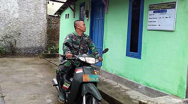 """Pastikan Ready, """"Tentara Tukang """" Cek Satu Persatu Hasil Rehab RTLH"""