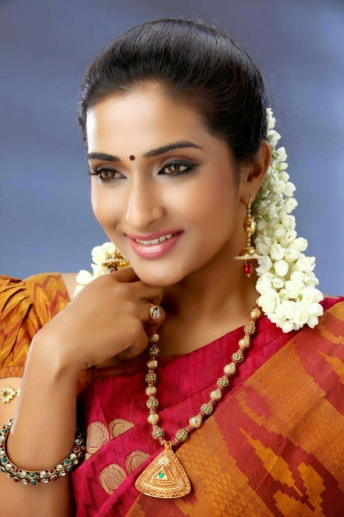 Tamil TV Serial Actress Ramya Stills In Red Saree