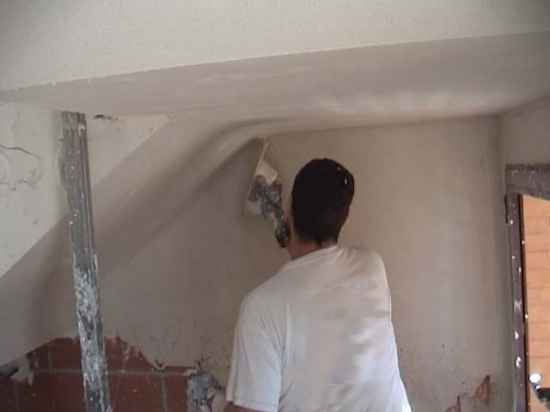 El maestro de obras xavier valderas construir tabiques de planchas de yeso - Pasta alisar paredes ...