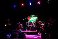 http://musicaengalego.blogspot.com.es/2016/07/fotos-zenzar-en-aspedrinas-co-pobo.html