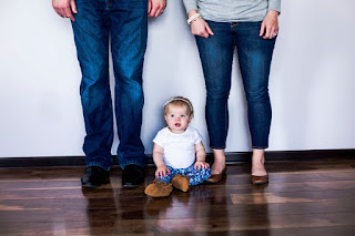 Rochester MN photography family portrait session. Gorgeous location modern images.