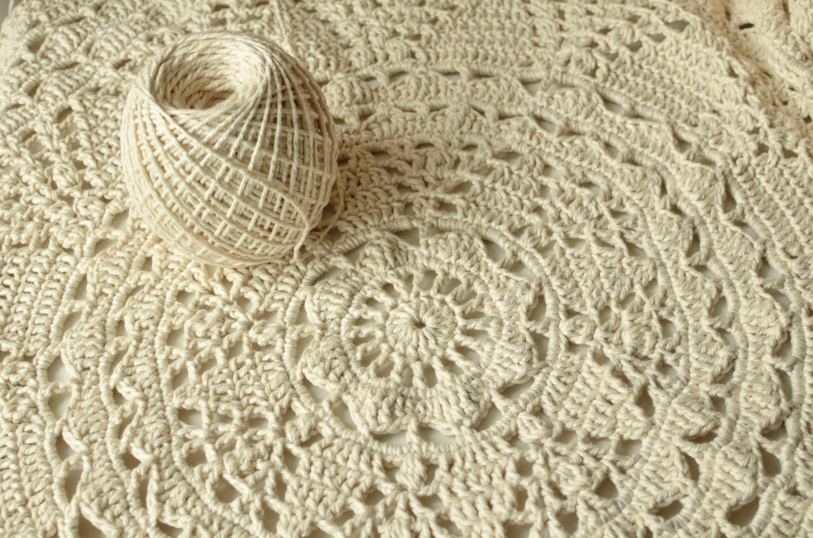 The end of my Lace Adventure – White Tea Doily Rug | LillaBjörn\'s ...