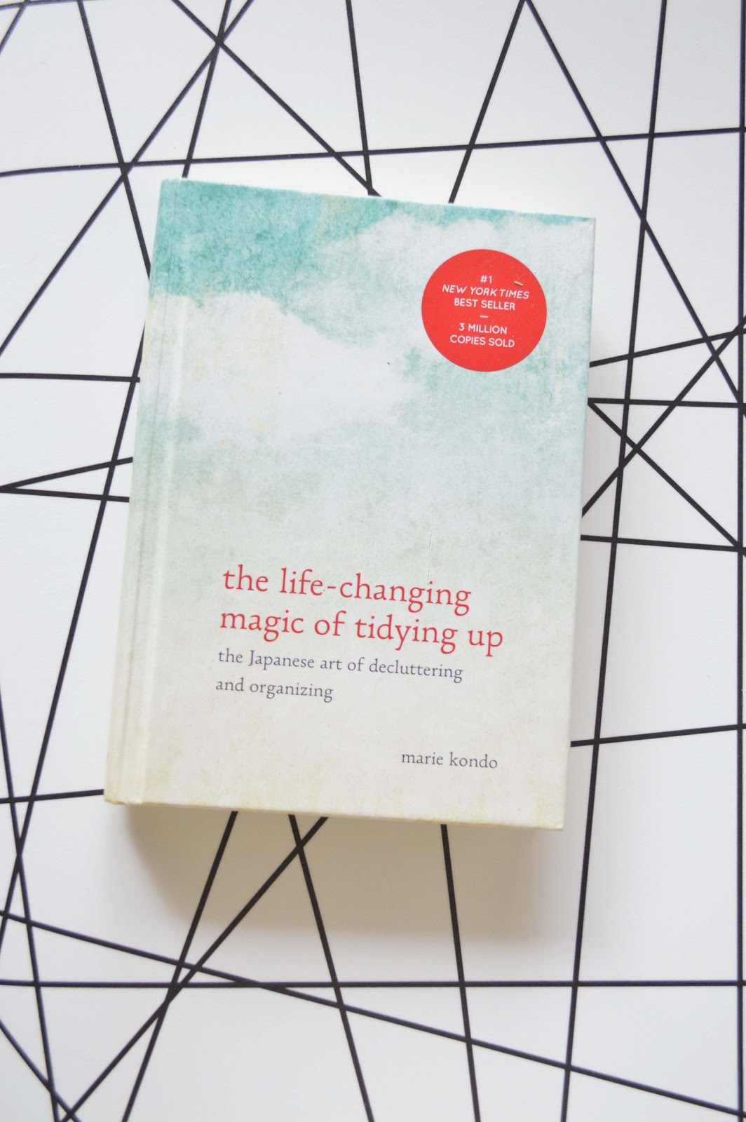 Life Changing Magic of Tidying Up - A cleaner and calmer entry