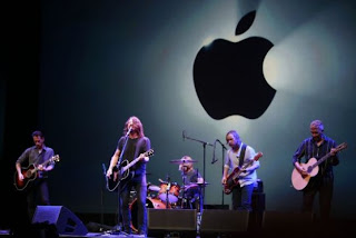 Foo Fighters Apple