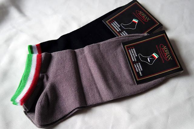 アドリアン 靴下