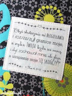 http://ucho-igielne.blogspot.com/2018/03/oprawka-z-tkaniny-na-stary-i-nowy.html