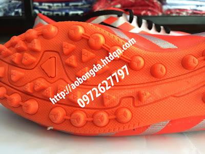 giày đá bóng cỏ nhân tạo 2