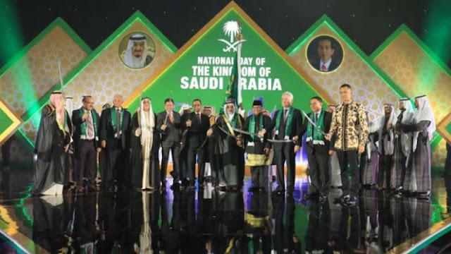 Prabowo Menari Pedang di HUT Kerajaan Arab, Agus Yudhoyono Mengikuti
