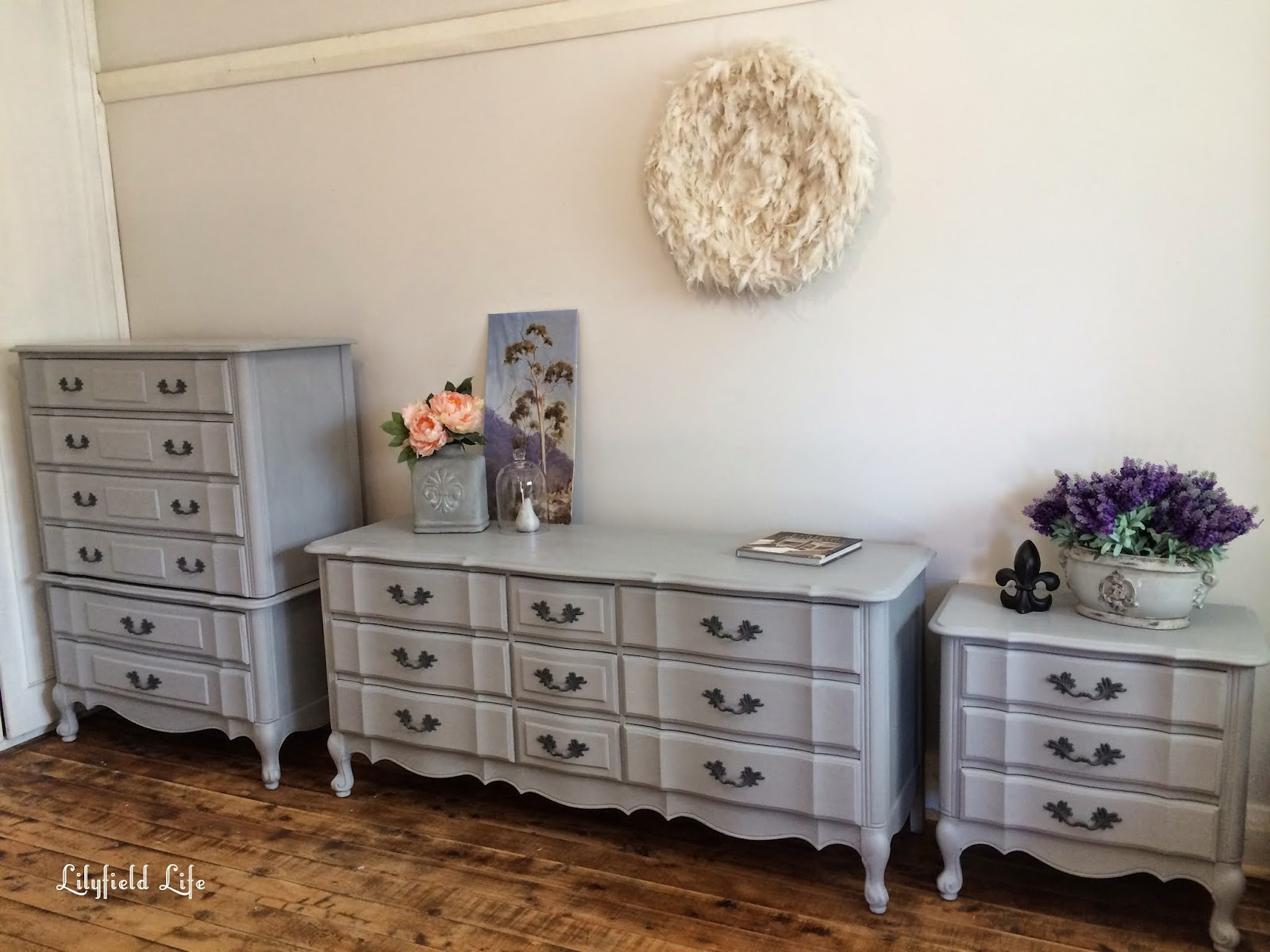 Favorite Lilyfield Life: ASCP Paris Grey French Style Bedroom Furniture VO51
