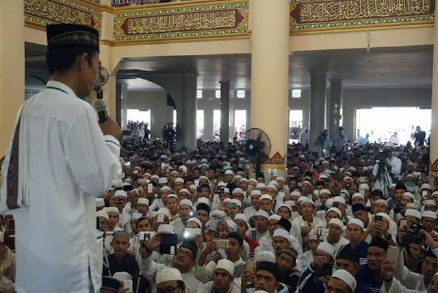 Takut Diracun, Ini Pesan Jamaah yang Tidak Diikuti Ustadz Abdul Somad