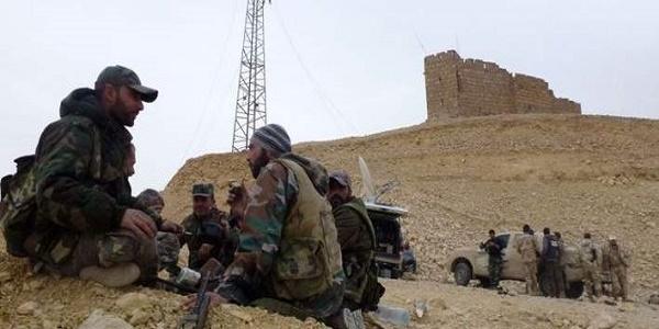 Το Iσλαμικό Kράτος υποχωρεί σε όλα τα μέτωπα σε Συρία και Ιράκ