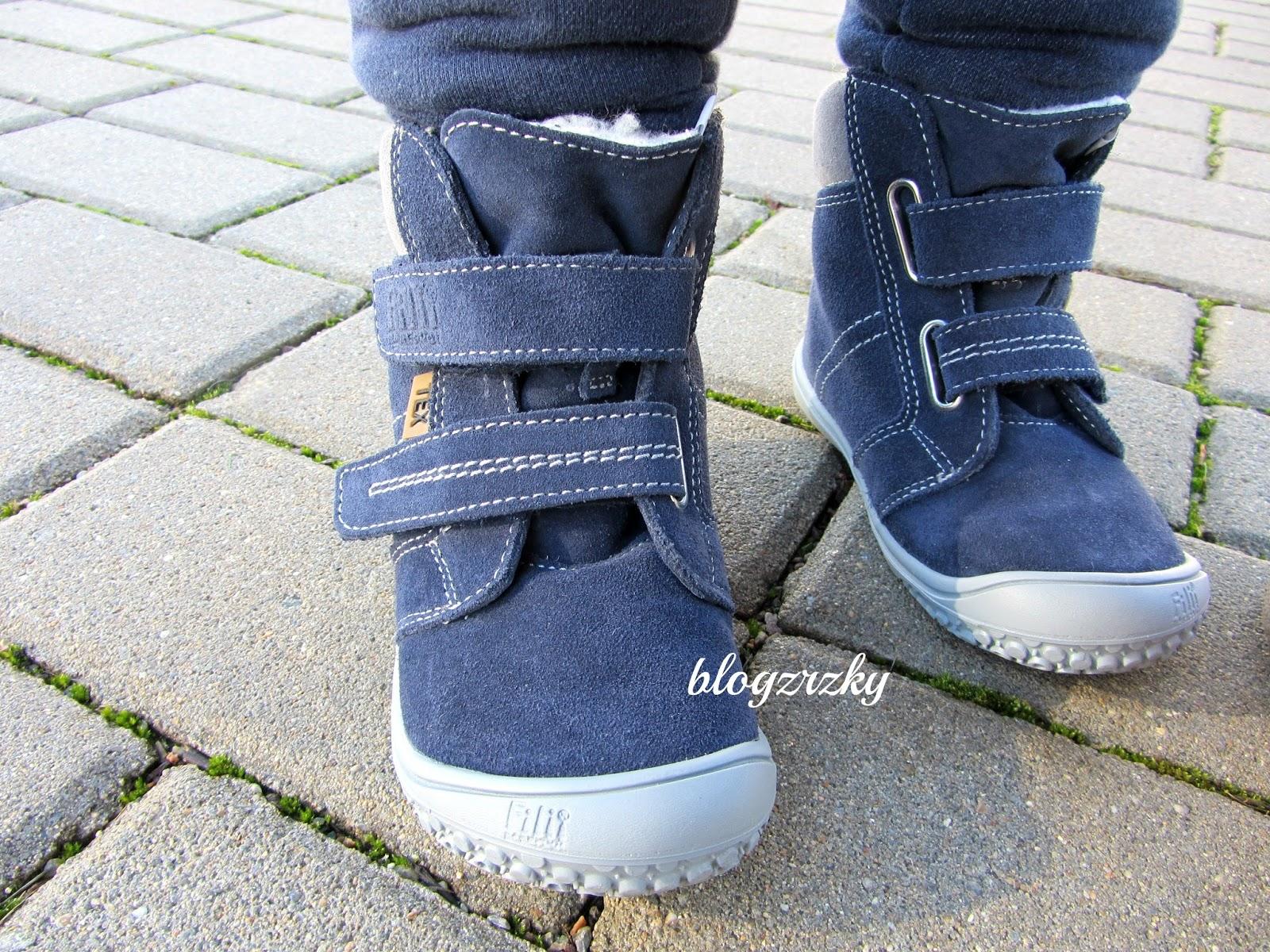 Filii dělají několik variant zimních bot - broušená kůže hladká kůže ad0e0551e8