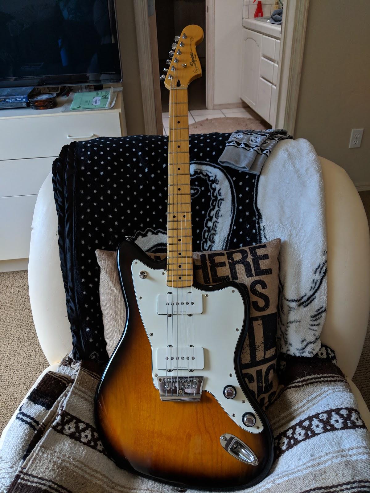 Tom's Random Tech Blog: Squire Vintage Modified Jazzmaster