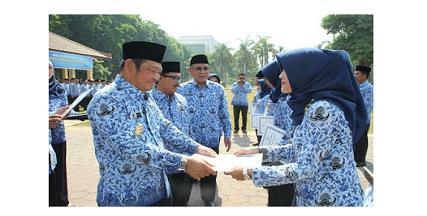 Pengalihan PNS Daerah ke Pusat