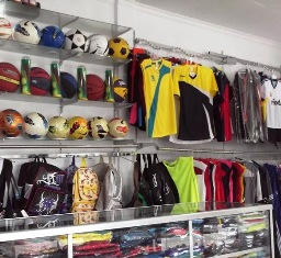 Daftar Tempat Belanja Grosir Murah Peralatan dan Pakaian Olahraga Berkualitas