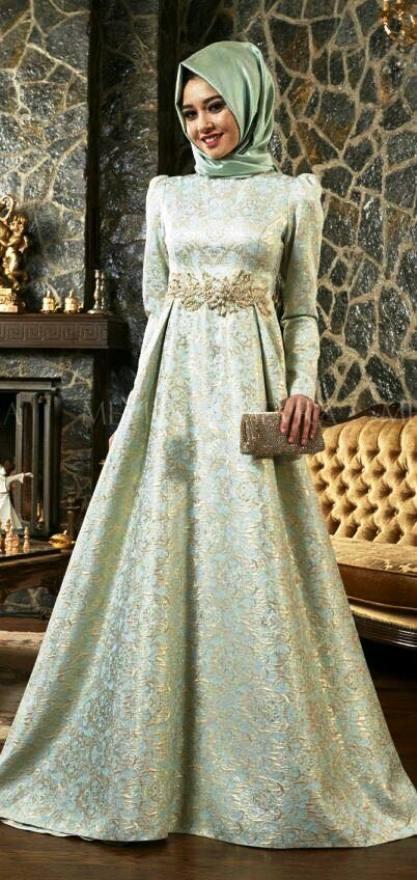 Inspirasi Gaun Muslimah Cantik dan Trendy 2001617