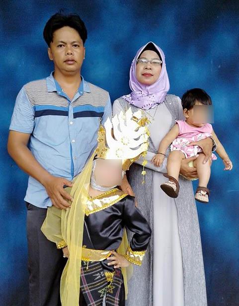 Beni bersama istri dam dua anaknya  abang dari Budi yang ikut ditangkap tim densus 88 dan ditembak betisnya
