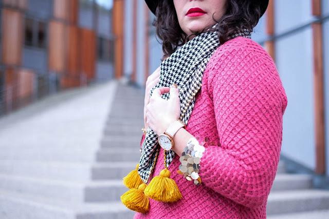 photo foulard pompons