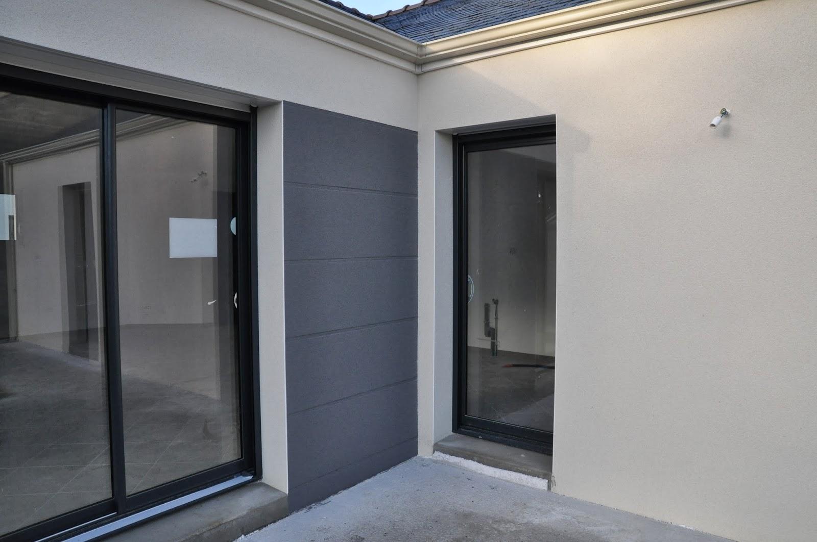 Depreux construction r cit d 39 une construction en 2013 for Porte interieure grise