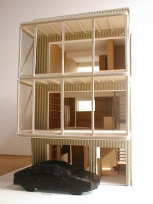 狭小都市型二世帯住宅の収納計画をとおして 模型