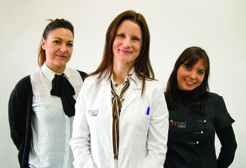 Elena Moreno y equipo