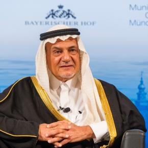 Powerful Saudi prince offers support to Iranian dissidents