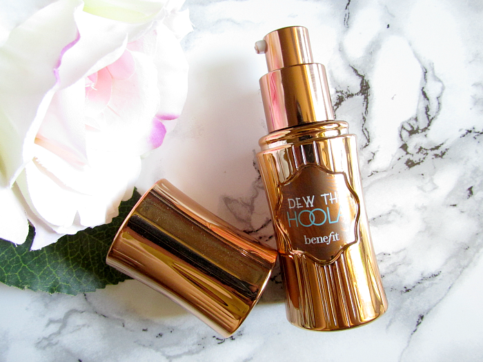 7 Summer Beauty Favorites - benefit Dew the Hoola Soft Matte Liquid Bronzer - 30ml - 30.50 Euro