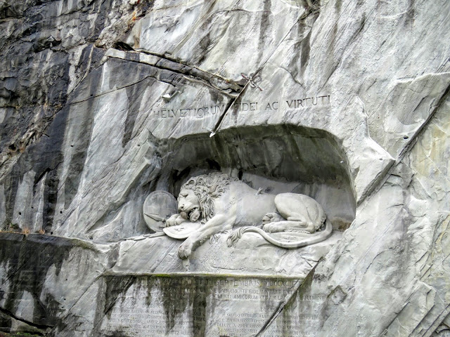 Long Winter Weekend Lucerne Switzerland - Weeping Lion Memorial