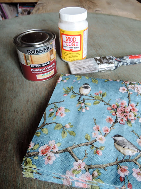 A Handmade Cottage Floral Amp Faded Wood Tutorial Using