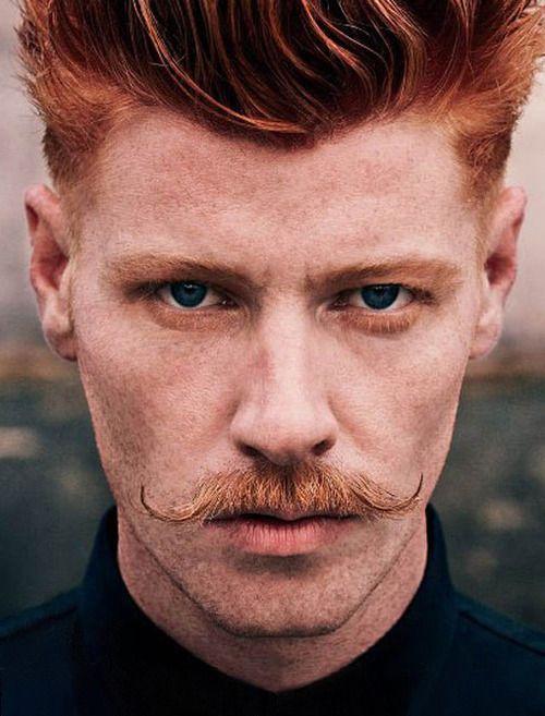 Os estilos de bigode 2018 estão bem em alta nos estilos barbas para 2018