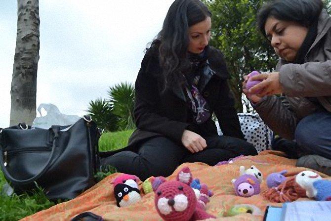 Mirando amigurumis: gato, pinguino, cerdo, muñeca y pollito - migoteamigurumi.com