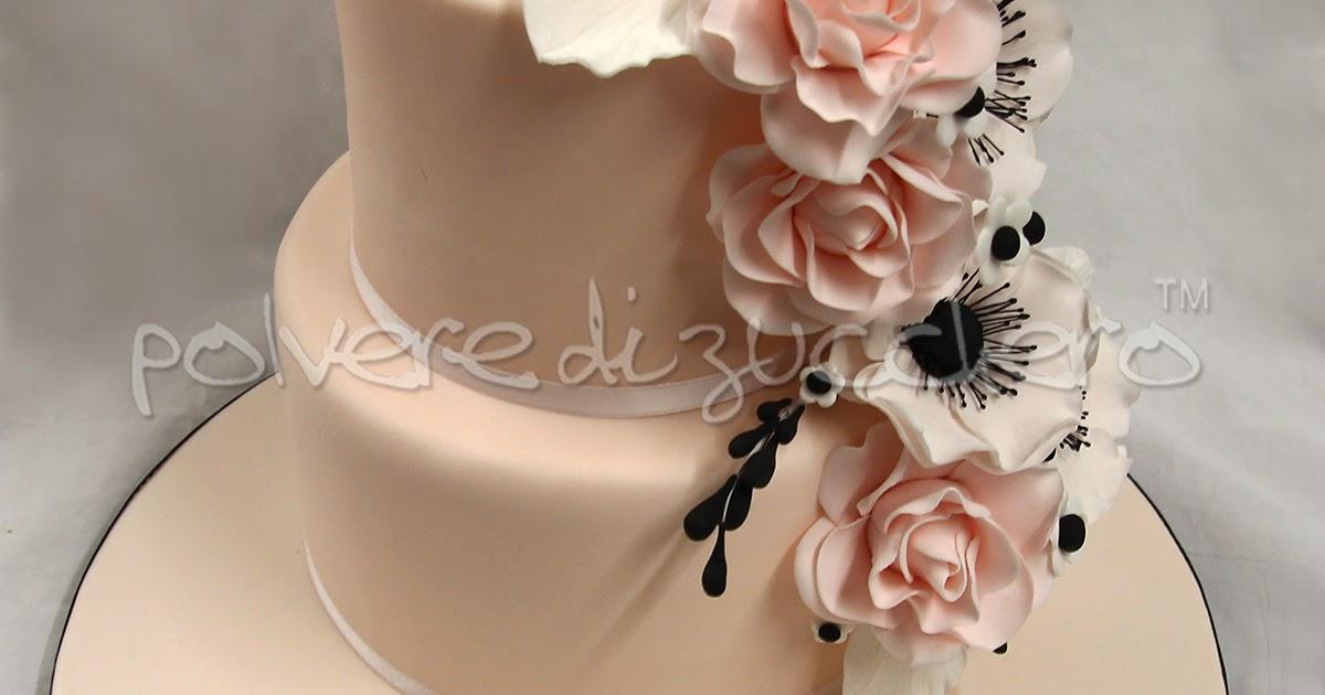 Wedding cake: torta nuziale con rose ed anemoni in pasta di zucchero