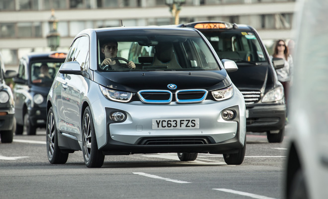BMW i3 in London traffic