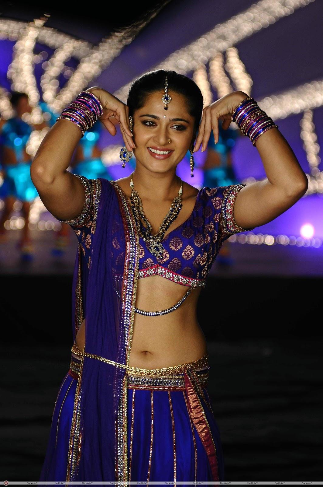 Actress Anushka Shetty Latest HD Photos, Stills, Images