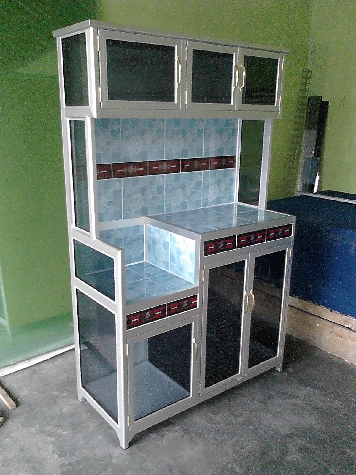 Harga kitchen set aluminium murah jual for Harga kitchen set aluminium per meter